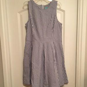 Boutique seersucker pleated dress